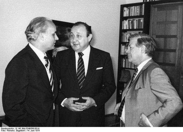 Χανς Ντίτριχ Γκένσερ: Ο «πατριάρχης» της γερμανικής διπλωματίας - εικόνα 6