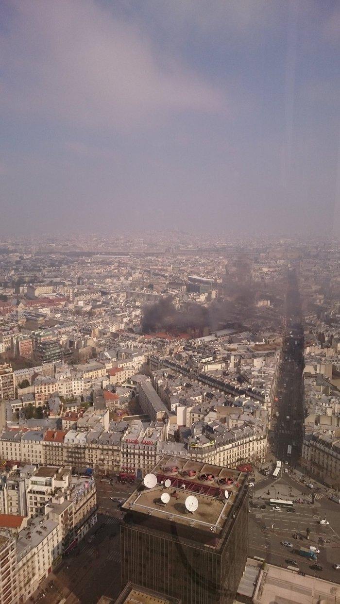 Eκρηξη στο κέντρο του Παρισιού - εικόνα 2