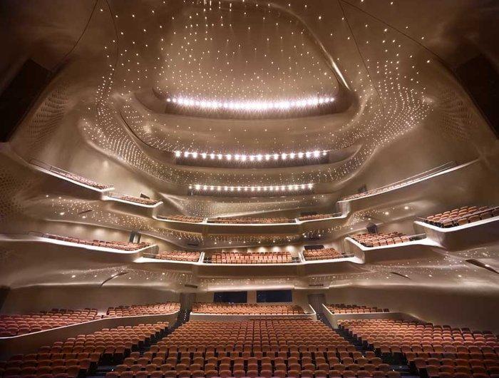 H Guangzhou Opera στην Κίνα