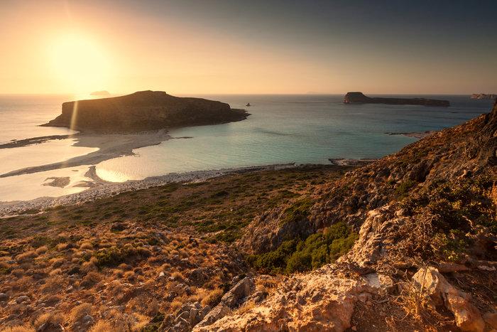 Μπάλος στην Κρήτη: Η παραλία με τη ροζ άμμο και τη σουρεαλιστική ομορφιά - εικόνα 9