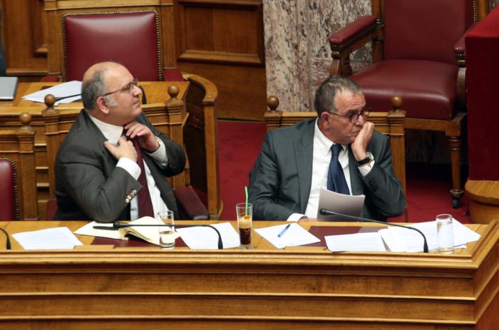 Οι υπουργικές «καφεδιές»: Από το freddo capuccino στον φραπέ