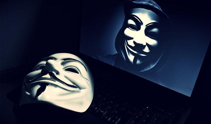 Οι Anonymous είχαν κηρύξει «πόλεμο» στον Γιαν Φαμπρ