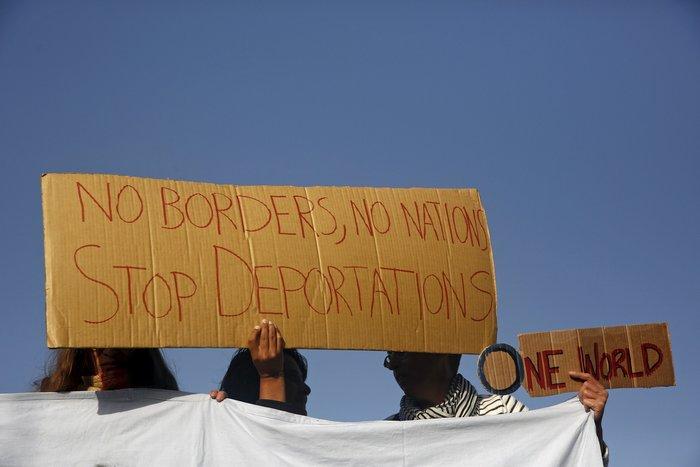 Διαμαρτυρίες αλληλέγγυων στη Μυτιλήνη κατά των επαναπροωθήσεων - εικόνα 2