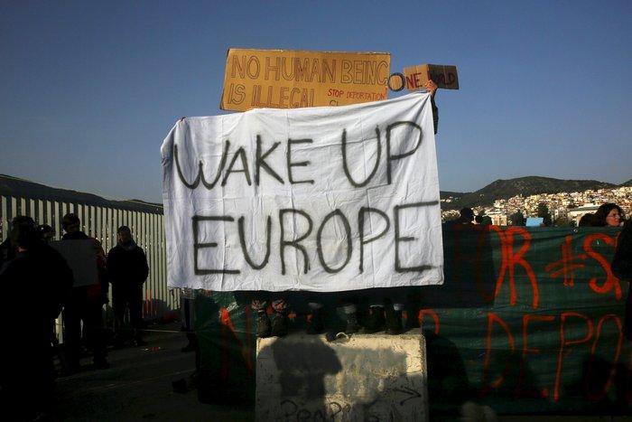 Διαμαρτυρίες αλληλέγγυων στη Μυτιλήνη κατά των επαναπροωθήσεων - εικόνα 3
