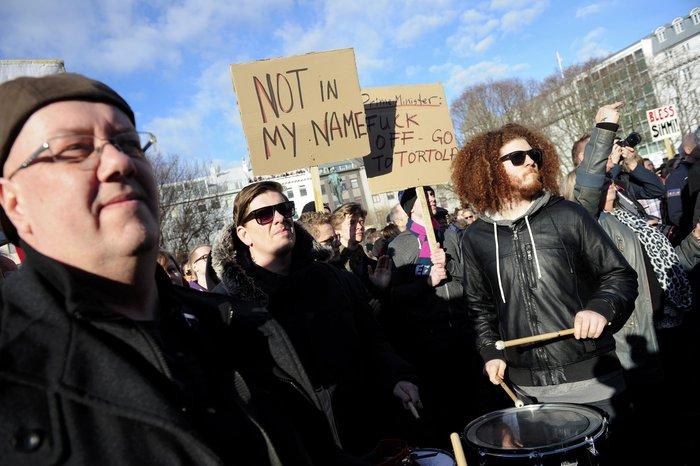 Οργή στην Ισλανδία, πρόταση μομφής κατά πρωθυπουργού για τα PanamaLeaks - εικόνα 2