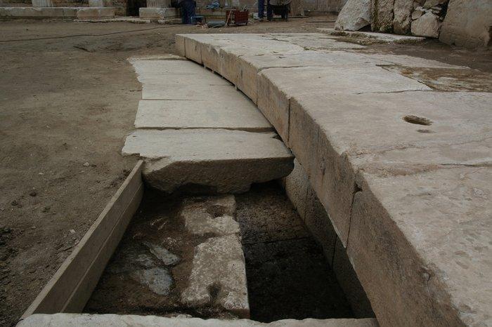 Ανοιχτό στο κοινό το αρχαίο θέατρο Λάρισας - εικόνα 2