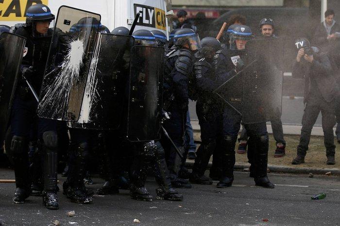 Ξύλο και δεκάδες συλλήψεις στο Παρίσι για τα εργασιακά:Φωτογραφίες & βίντεο - εικόνα 2