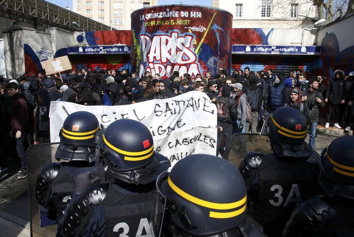 Ξύλο και δεκάδες συλλήψεις στο Παρίσι για τα εργασιακά:Φωτογραφίες & βίντεο - εικόνα 4