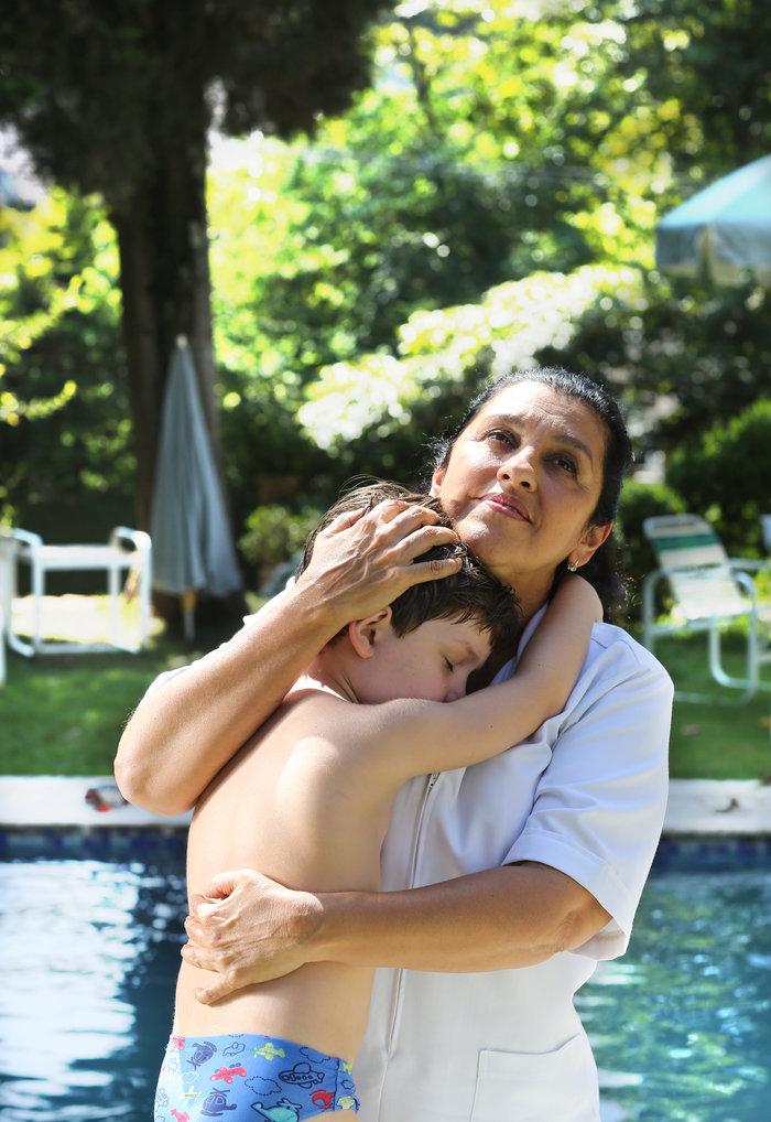 «Η Δεύτερη Μάνα»: Μια αφοπλιστική ταινία χαρακτήρων
