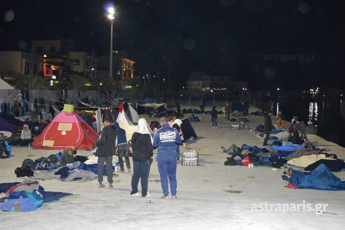 Χωρισμένο στα δύο το λιμάνι της Χίου- Δείτε εικόνες - εικόνα 5
