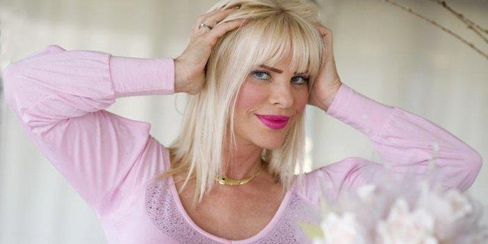 Η πιο διάσημη πορνοστάρ του κόσμου Τσιτσιολίνα στην Αθήνα - εικόνα 5