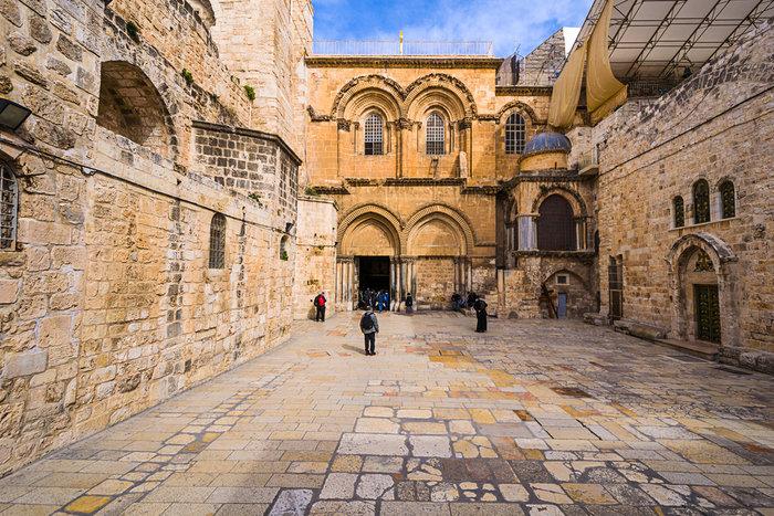 O κίνδυνος κατάρρευσης του Πανάγιου Τάφου ενώνει τους Χριστιανούς - εικόνα 2