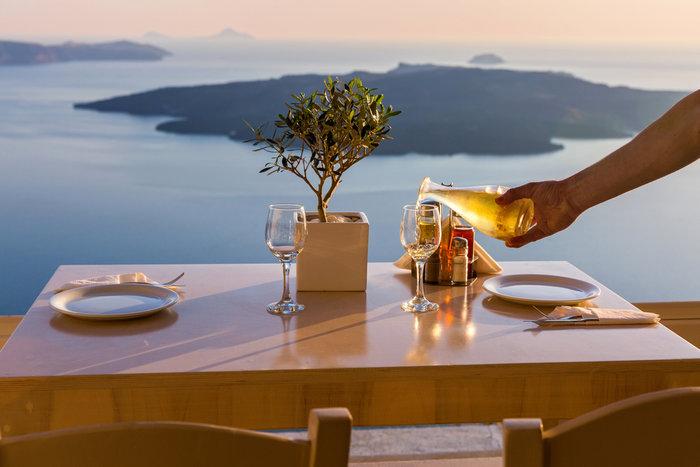 Daily Mail: Οφείλουμε την ευτυχία μας στην Ελλάδα για 15 λόγους - εικόνα 2