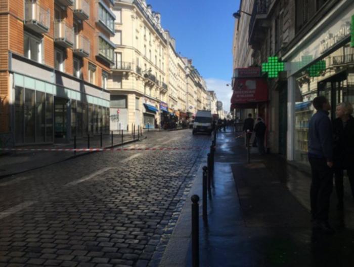 Πυροβολισμοί προκαλούν συναγερμό σε συνοικία στο Παρίσι - εικόνα 3