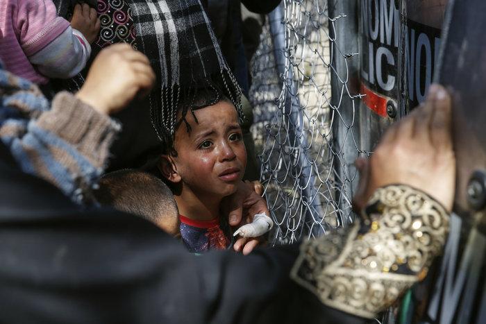 «Βράζουν» οι πρόσφυγες, φόβοι για γενικευμένη εξέγερση