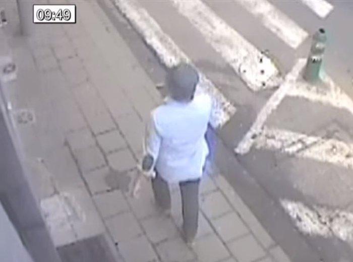 Καρέ - καρέ η διαφυγή του «τρομοκράτη με το καπέλο» - εικόνα 4