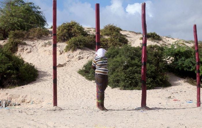 Φρίκη: Δημόσια εκτέλεση στο κέντρο του Μογκαντίσου - εικόνα 7