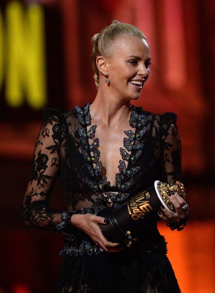 MTV Awards '16:Ο Καλύτερος Κακός,το Καλύτερο Φιλί και η λάμψη του Χόλιγουντ