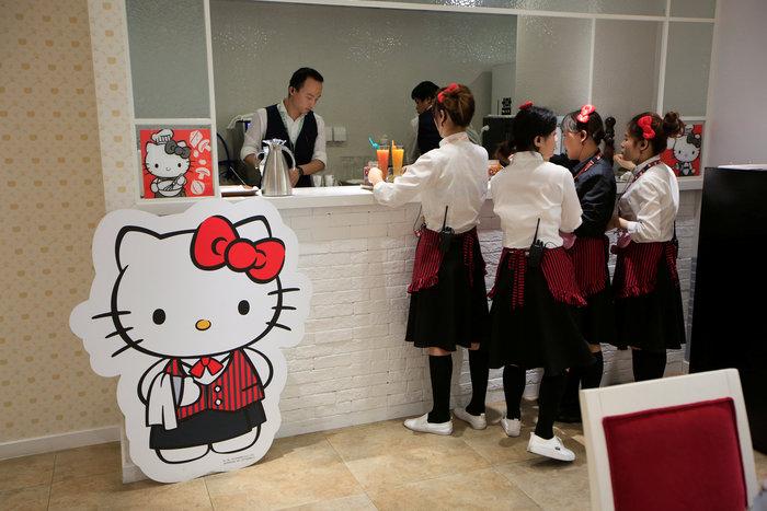 Το νέο εστιατόριο Hello Kitty μοιάζει με σκηνικό από παραμύθι - εικόνα 4