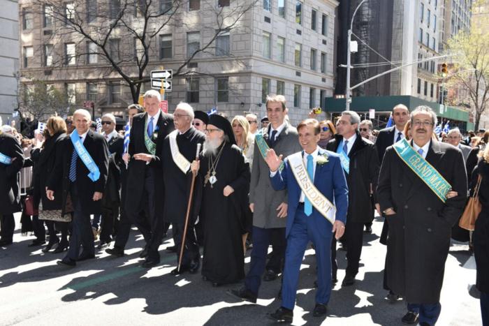 Ο Κυριάκος σε παρέλαση με την Ομογένεια στη Νέα Υόρκη - εικόνα 3