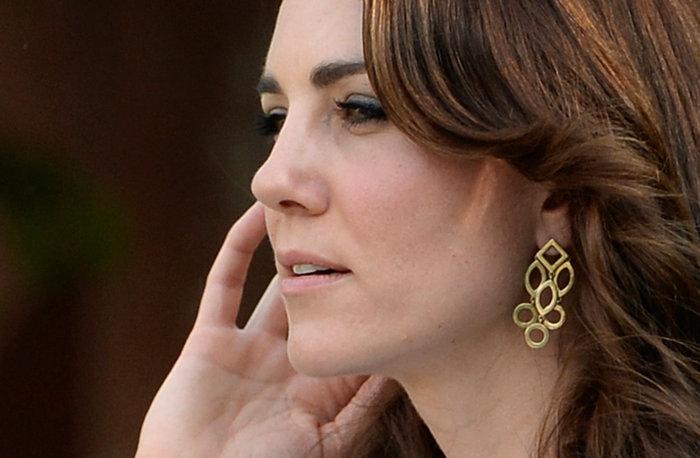 Το... σέξι ατύχημα της Κέιτ: Παρολίγον να αποκαλύψει το βασιλικό εσώρουχο - εικόνα 8