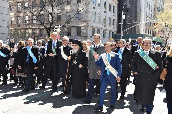 Θαύμα του Υπ.Αμυνας:«Εξαφάνισαν» τον Κυριάκο από την παρέλαση της Ν.Υόρκης - εικόνα 2