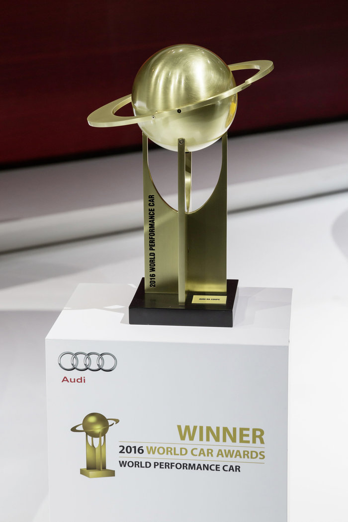 World Performance Car 2016 ξανά (!) το Audi R8 Coupe