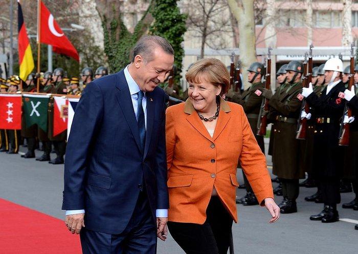Η γερμανίδα καγκελάριος με τον τούρκο πρόεδρο