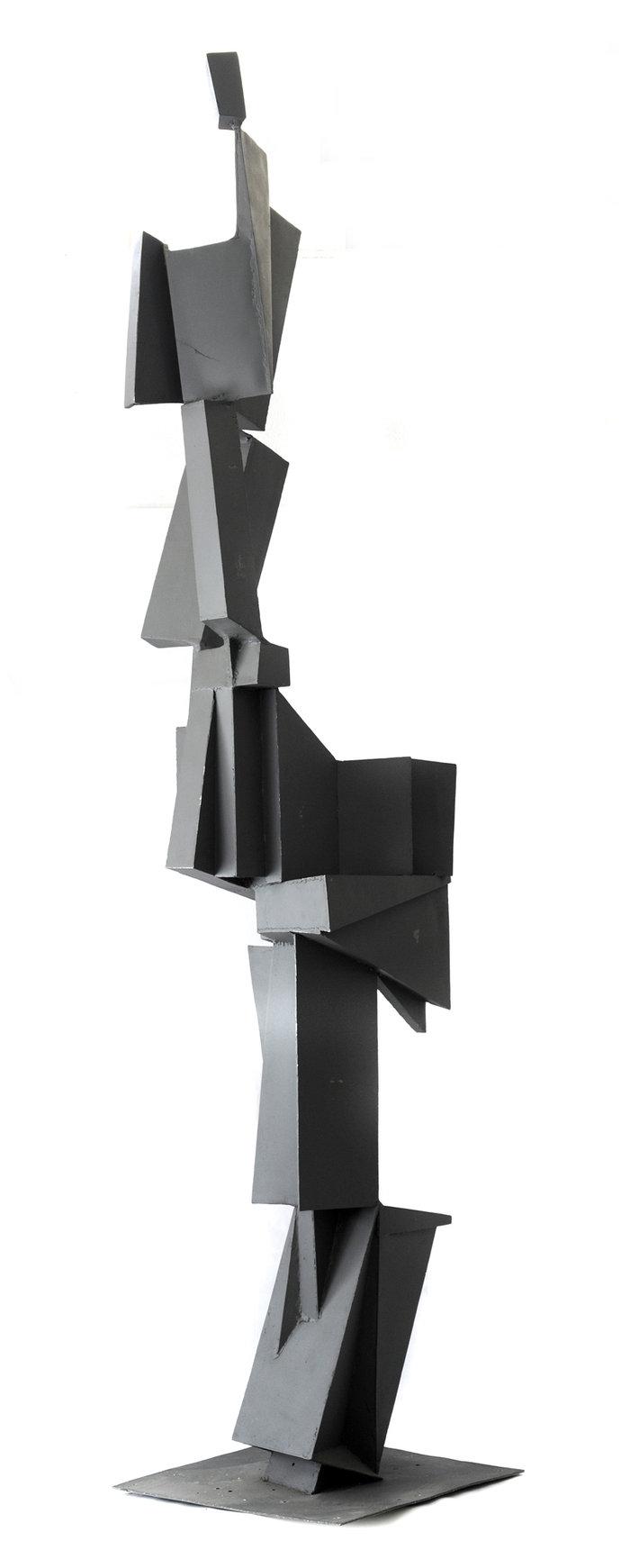 Cor-ten, composition dans l' espace, 1966, βαμμένο αλουμίνιο, 293 x 70 x 70 εκ.