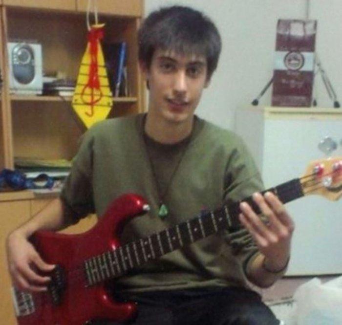 Ενάμιση χρόνο μετά βρήκαν το δολοφόνο 21χρονου μουσικού στη Σαντορίνη