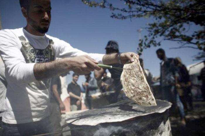 Ο Παλαιστίνιος φούρναρης της Ειδομένης - εικόνα 2