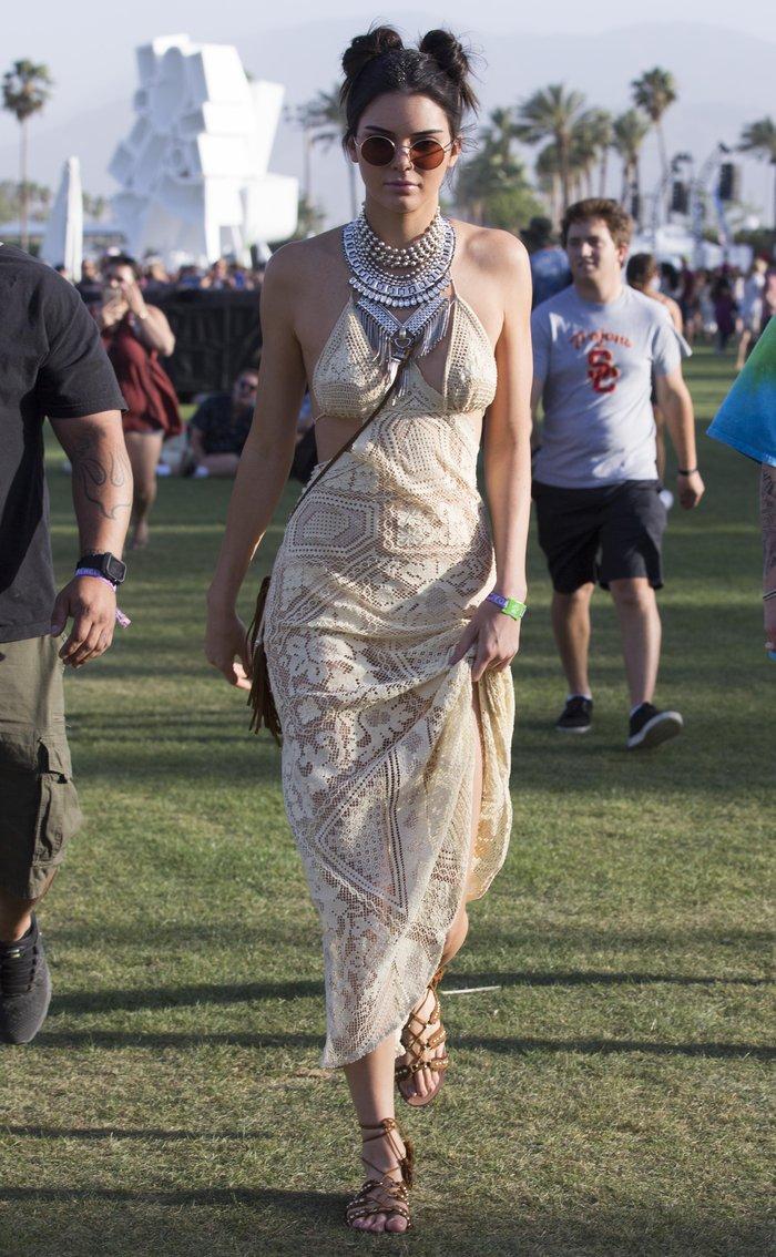 Η Κένταλ Τζένερ μόλις φόρεσε το πιο όμορφο φόρεμα του καλοκαιριού