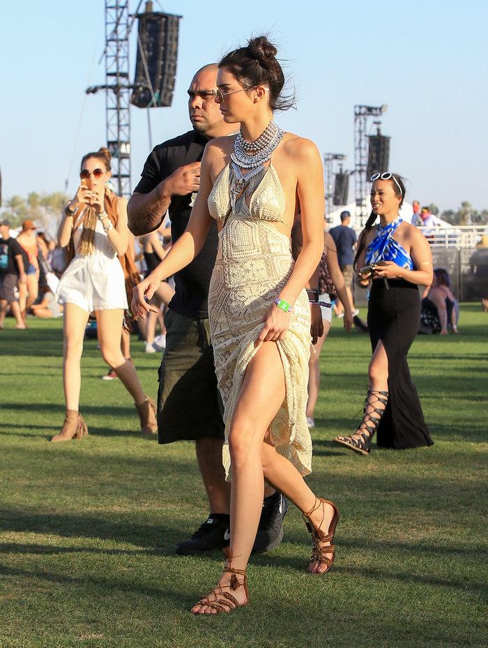 Η Κένταλ Τζένερ μόλις φόρεσε το πιο όμορφο φόρεμα του καλοκαιριού - εικόνα 3
