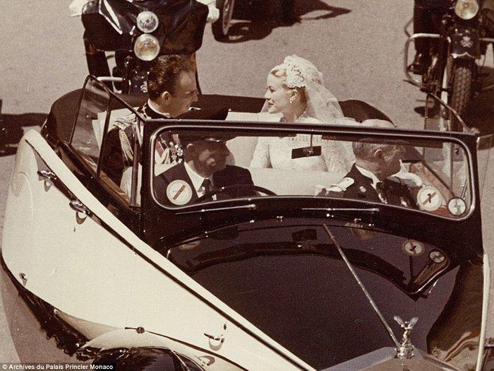 Ρενιέ-Γκρέις Κέλι του Μονακό: Ο πιο φαντασμαγορικός γάμος του αιώνα - εικόνα 6