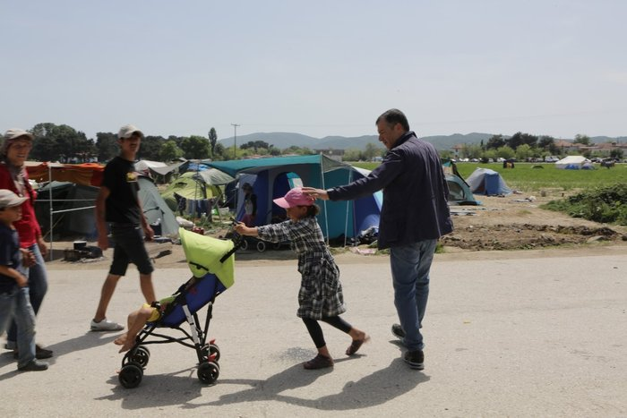Θεοδωράκης στην Ειδομένη: Τα πράγματα είναι τραγικά - εικόνα 10