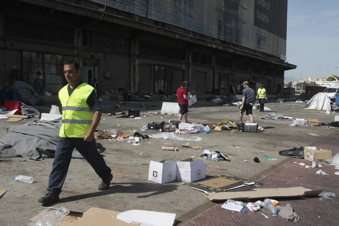Εσωτερικές μετακινήσεις προσφύγων στο λιμάνι του Πειραιά - εικόνα 3