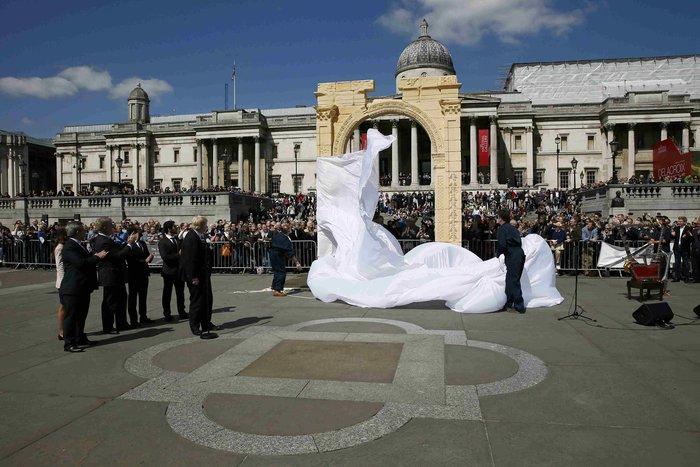 Η Αψίδα της Παλμύρας «ξαναζεί» στην καρδιά του Λονδίνου σε πείσμα του ISIS - εικόνα 5