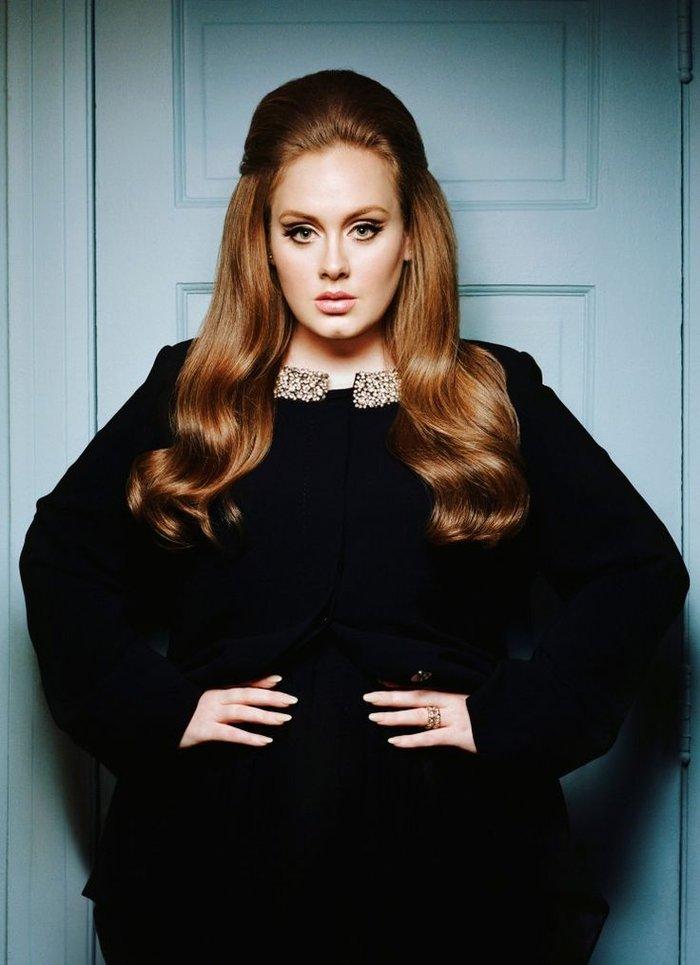 Η Αντέλ η πλουσιότερη τραγουδίστρια κάτω των 30 ετών