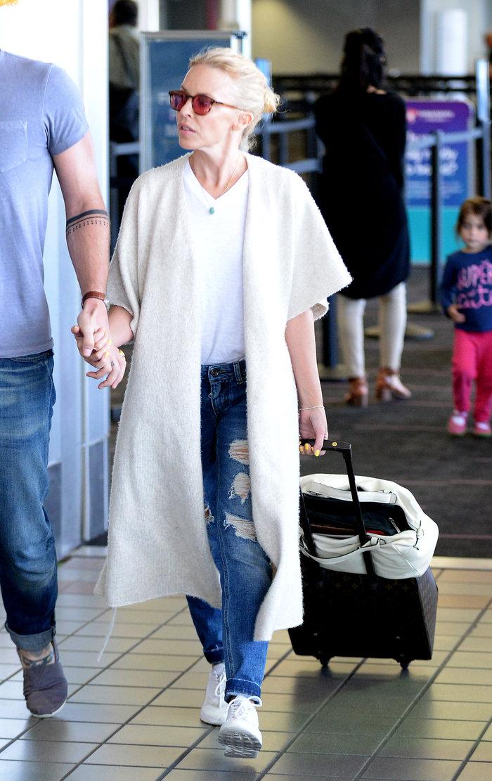 Δείτε την 47χρονη Κάιλι Μινόγκ χωρίς ίχνος μακιγιάζ - εικόνα 2