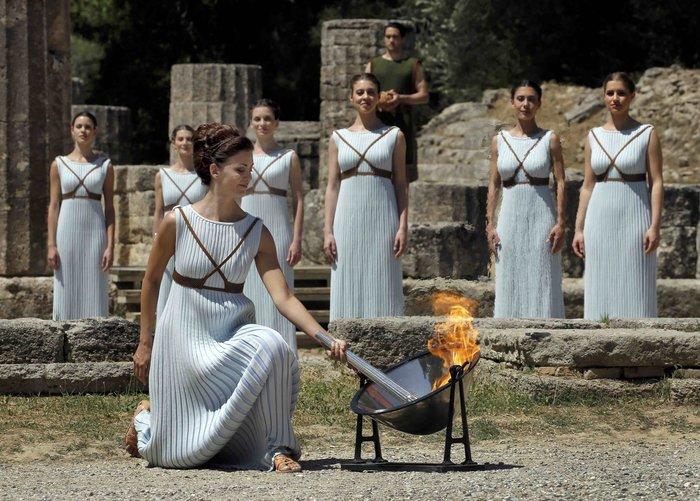 Καρέ καρέ η Τελετή Αφής της Ολυμπιακής Φλόγας - εικόνα 2