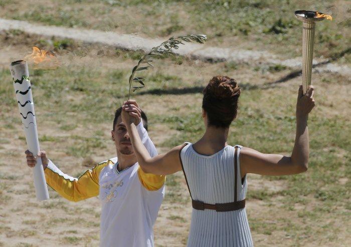 Καρέ καρέ η Τελετή Αφής της Ολυμπιακής Φλόγας - εικόνα 19