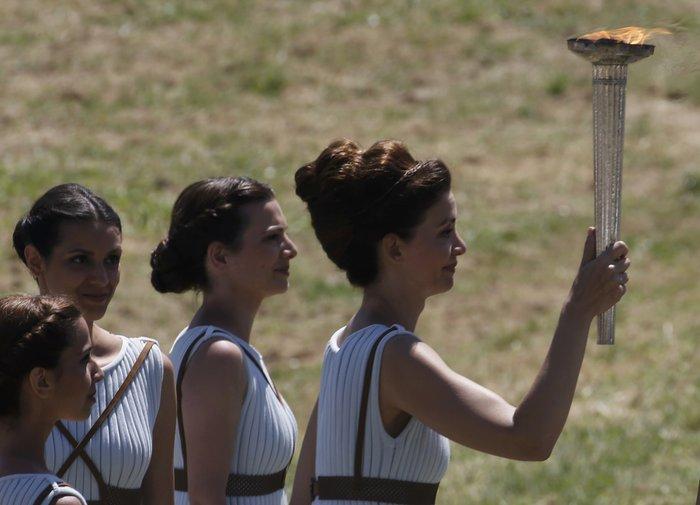 Καρέ καρέ η Τελετή Αφής της Ολυμπιακής Φλόγας - εικόνα 17