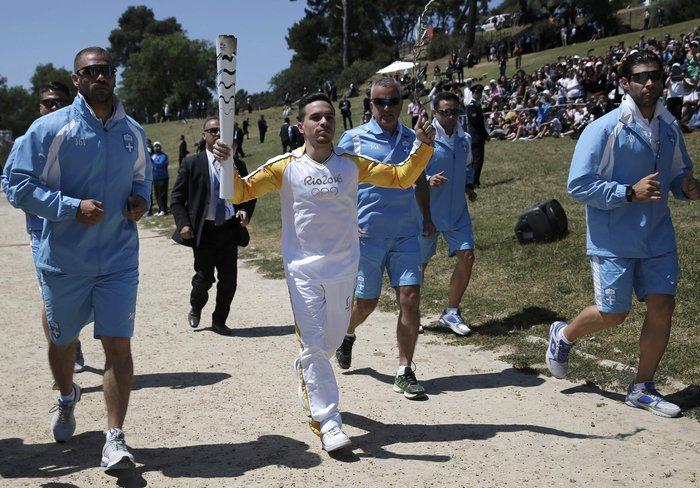 Καρέ καρέ η Τελετή Αφής της Ολυμπιακής Φλόγας - εικόνα 20