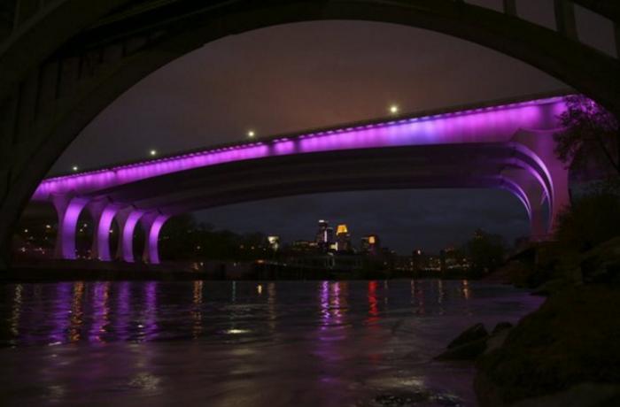 Purple Rain παντού για τον «Πρίγκιπα» σούπερ σταρ - εικόνα 4