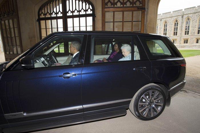 Ομπαμα-Ελισάβετ: Καρέ-καρέ η κινηματογραφική συνάντηση στο κάστρο Γουίνσδορ - εικόνα 7