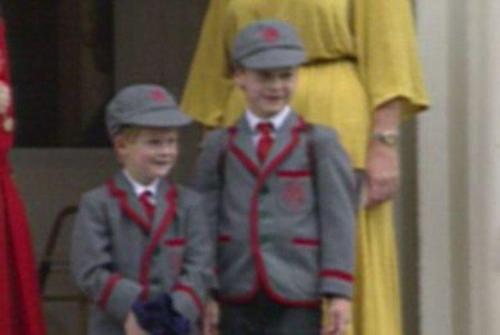 Σπάνιο βίντεο: Η Νταϊάνα πάει σχολείο τους μικρούς Ουίλιαμ και Χάρι