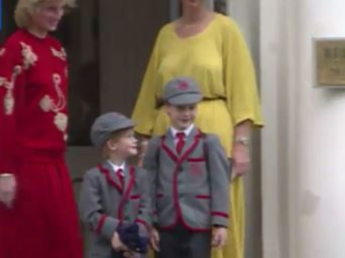 Σπάνιο βίντεο: Η Νταϊάνα πάει σχολείο τους μικρούς Ουίλιαμ και Χάρι - εικόνα 5