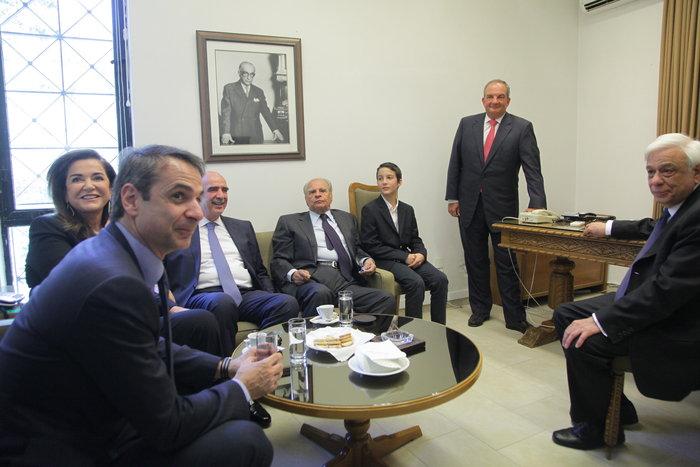 Ολη η ΝΔ στο μνημόσυνο του Κωνσταντίνου Καραμανλή - εικόνα 5