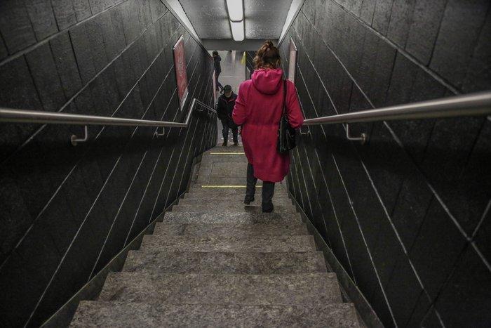 Συγκινητικές εικόνες:Ανοίγει ξανά ο σταθμός Μάλμπεκ μετά τις επιθέσεις