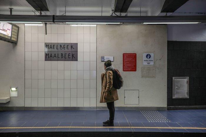 Συγκινητικές εικόνες:Ανοίγει ξανά ο σταθμός Μάλμπεκ μετά τις επιθέσεις - εικόνα 3